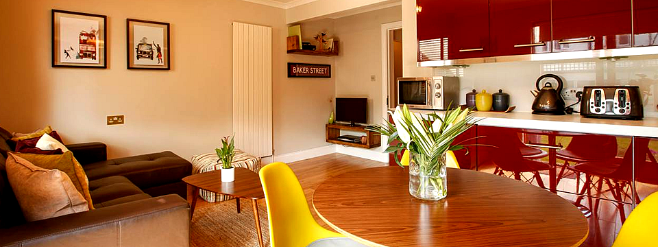 london-holiday-apartment-kitchen-dining-room
